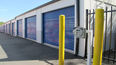 SuperStorage San Diego  | Self Storage in San Diego, CA 92105  - SuperStorage San Diego secuirty access